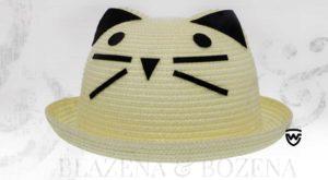 Světlý klobouk s fousky