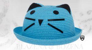 Modrý dámský klobouk s fousky