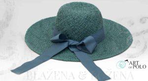 Paví klobouk s mašlí Dame